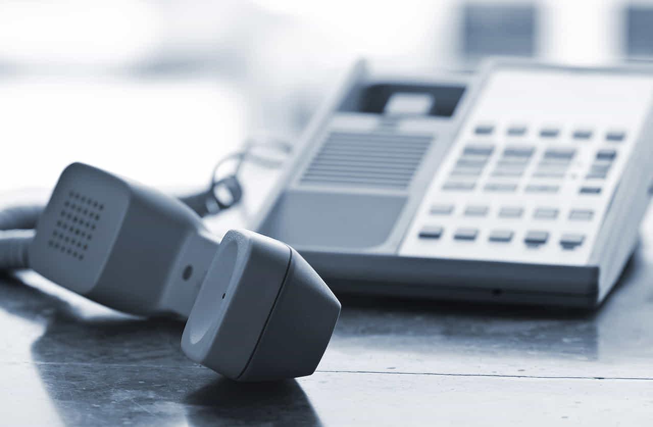 固定電話の受話器を外したままで連絡を拒否